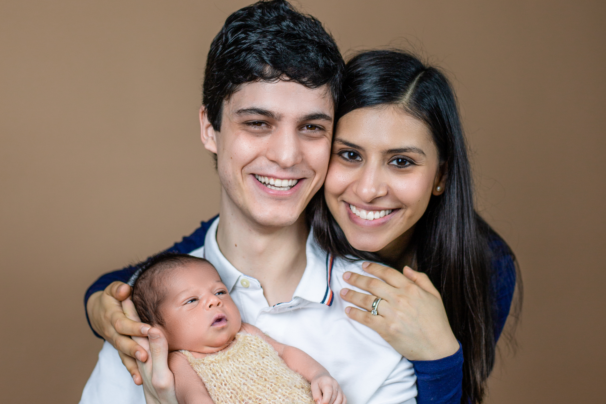 Newborn And Family Photo Session Combined. Win-Win!